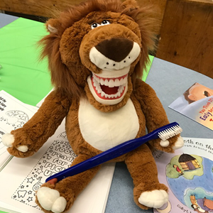 Leo-the-Lion-at-Harvard-Kent-School
